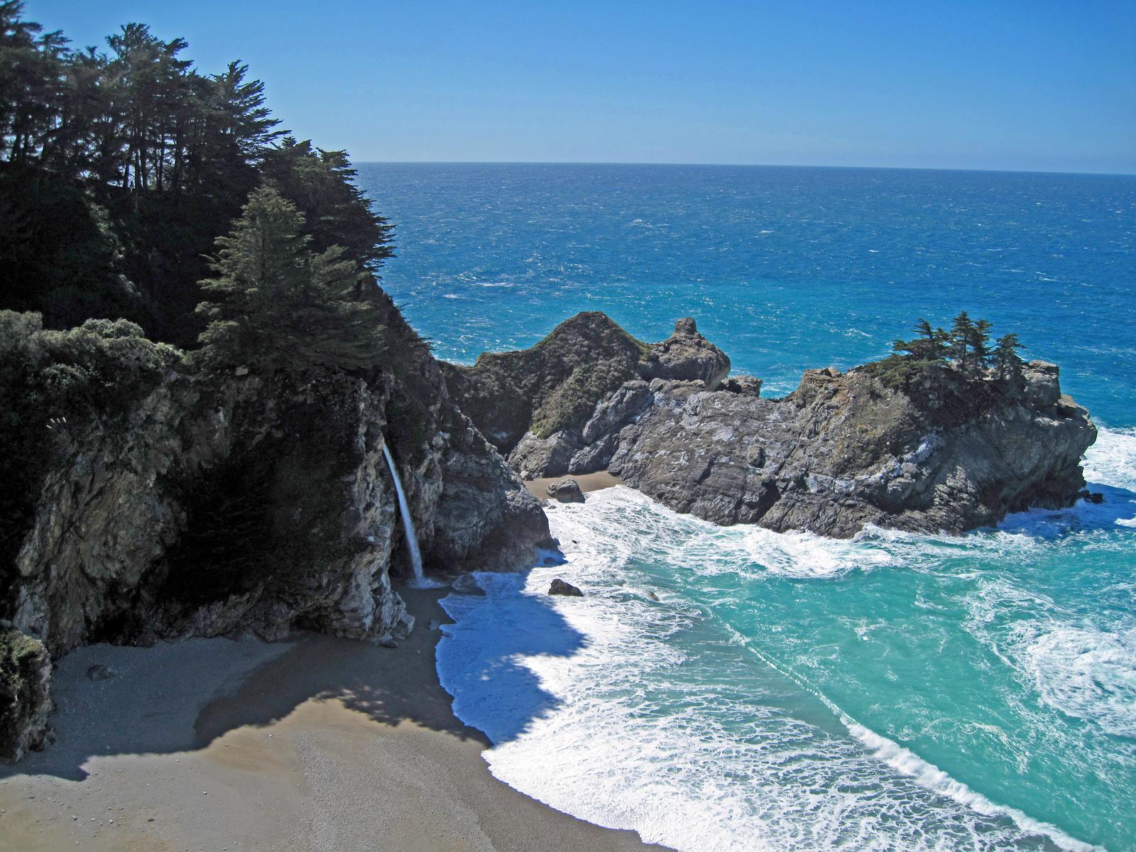 Julia Pfeiffer Burns State Park, Big Sur coast, California