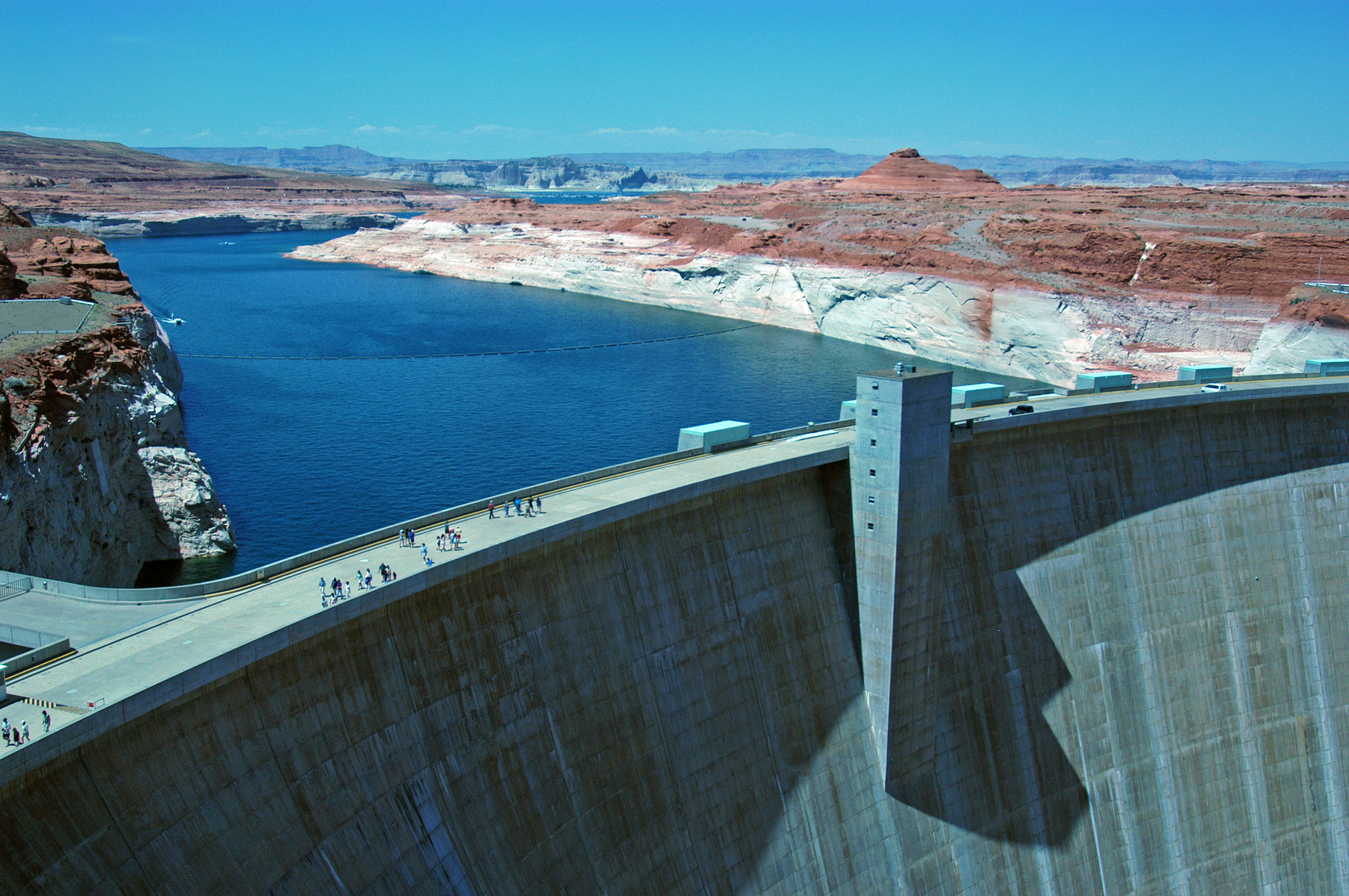 holding back the waters of Lake Powell