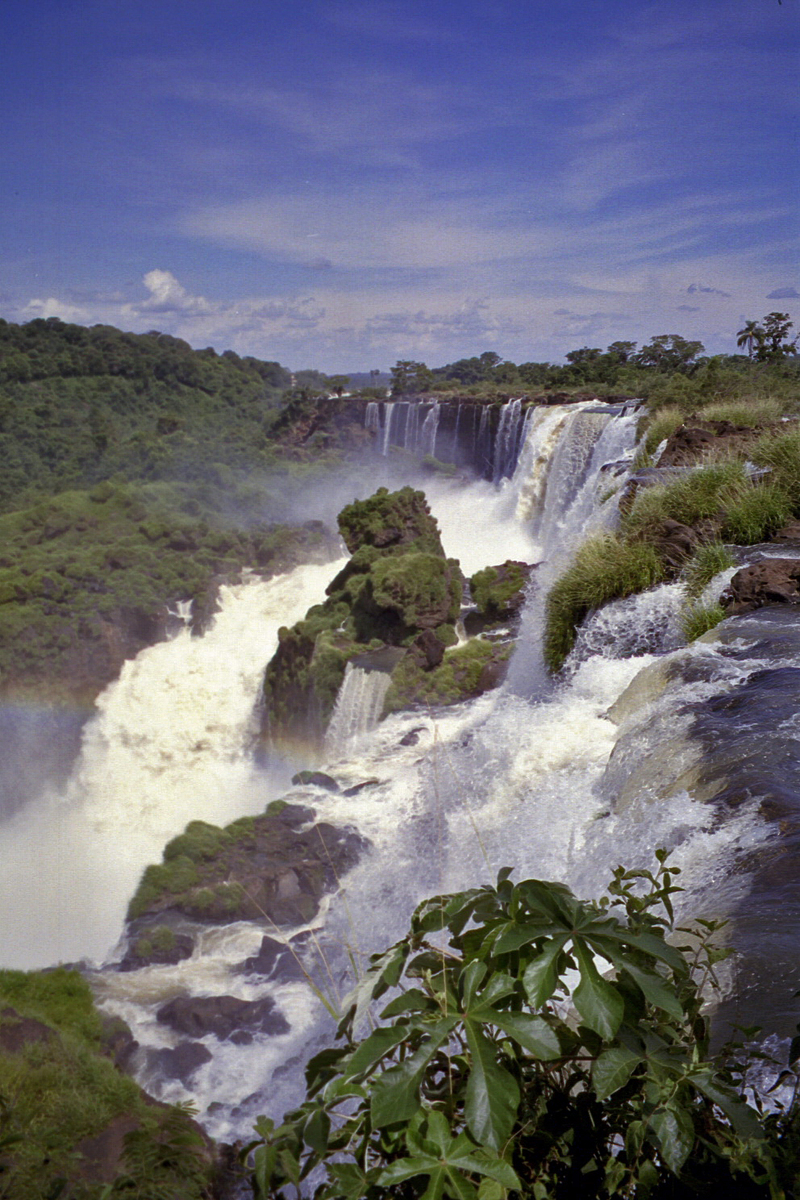 the Argentine side of Iguazu Falls (note: this image is not suitable for large prints)